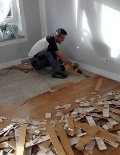 01: Entfernen des alten Holzbodens